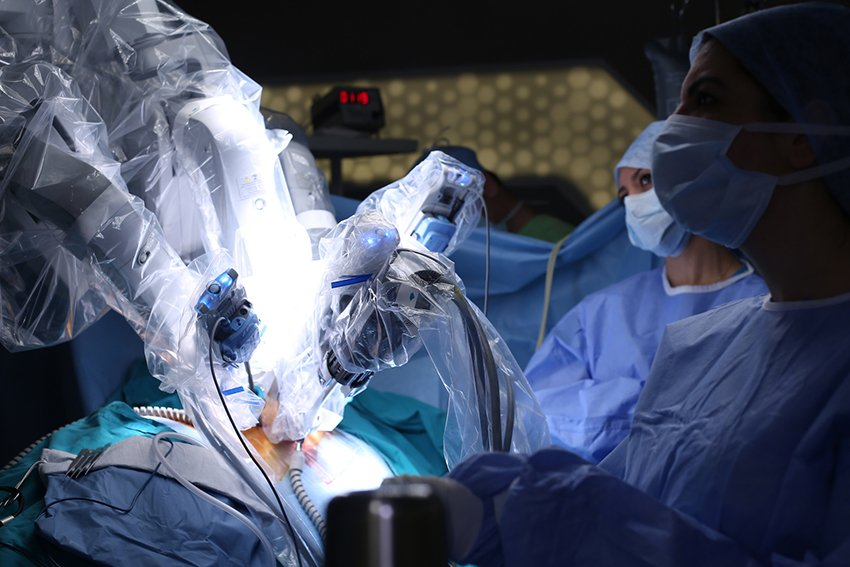 Robotic knee surgery, robotic surgery